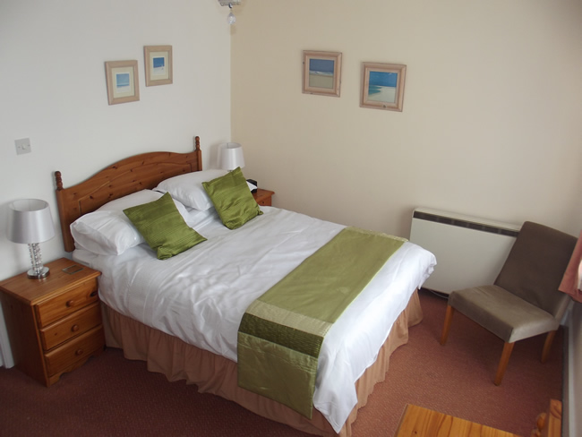 Double bed at Bay Tree House, Torquay